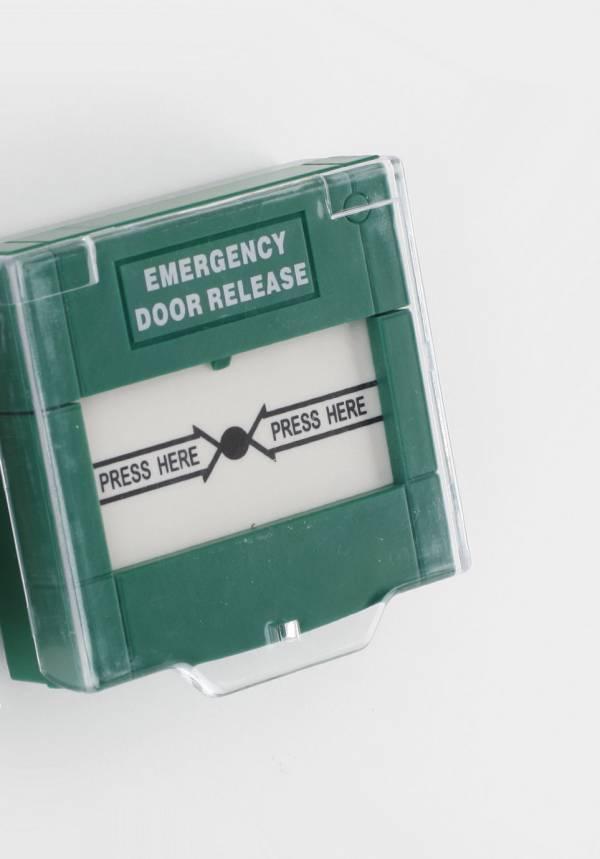 TLJ Emergency break glass unit
