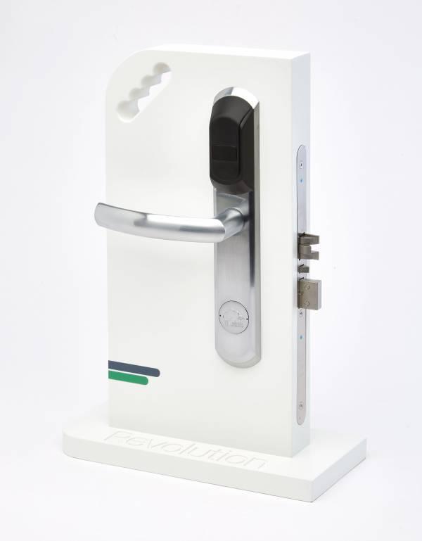 TLJ Revolution electronic lock set